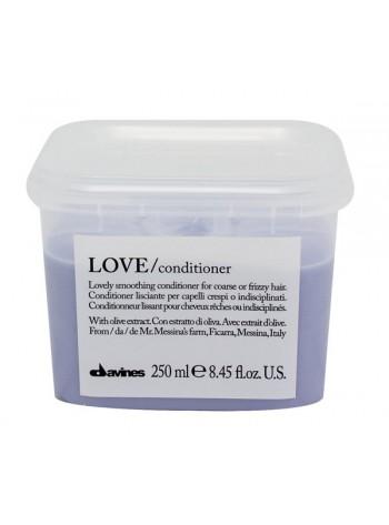 Davines LOVE Smoothing Conditioner: silendav palsam tõrksatele juustele